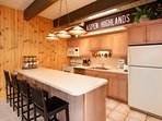 Extremely well stocked kitchen to meet your needs with spices, condiments...