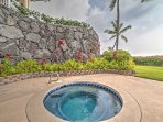 You'll never want to leave this Kailua-Kona paradise!
