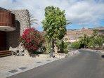 Street view. GranTauro Casa, main entrance door. Parking lot.