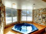 SkyRun Property - 'CRI221 Cinnamon Ridge' - In Room Hot Tub with a view - Overlooking the Snake River and Keystone...