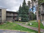 SkyRun Property - 'Gold Camp E85' - Take a walk around the complex