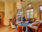 SkyRun Property - 'Breck Ski Chalet at Mountain Thunder' - Living Room