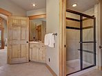 Separate stand up shower