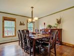 Great dining room table that seats 8 people and an additional bar seating for 4 more
