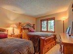 Queen/Twin Bedroom - Lower Level