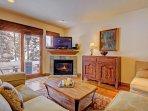 SkyRun Property - 'Highland Greens Chestnut' - Living Room