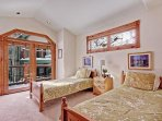 Bedroom #4: Two twin beds (perfect for teens!)