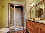 Master Bedroom Ensuite Bath