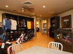 PRO SHOP AND GRILL