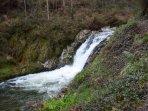 Cascada del Canalón , un sitio para bañarse muy bonito a 400 metros de casa