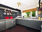 Luxury kitchen in Caernarfon holiday cottage - sleeping 12