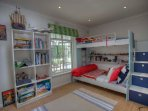 Bunk room suitable for kids