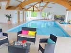 Villa avec piscine couverte privée, sauna, hammam et spa privée