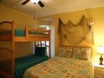 Guest bedroom - Queen and Twin bunks