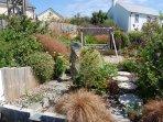 Sun seat and garden