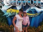 Guest enjoying Seaworld with her daughter- 19 minutes
