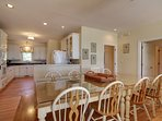 Enjoy a family meal in this lovely dining room!