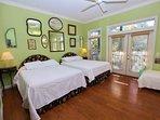 Bedroom with 2 Queen Beds - Second Floor