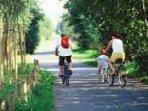 L'avenue Verte, une piste cyclable à 500 mètres du gite qui fait 45 km.
