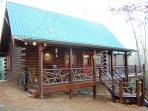 Mountain Laurel Log Cabin with free WIFI