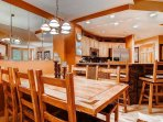 04-Highlands-Lodge-206-Dining-1.jpg