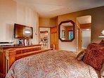 09-Highlands-Lodge-206-Bed-A2.jpg