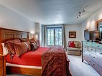 18_Ascent-301_master-bedroom2.jpg