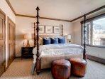 14-Highlands-Slopeside-212-bedroom-b1.jpg
