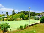 Azapiko Villas basketball and tennis court