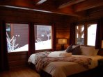 The Minks: 6 Flexible Bedrooms all offering either Two Twin Beds or One King.