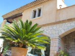 charming Very well constructed Provençale villa of character.