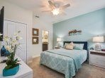 vacation rental properties in orlando fl master bedroom with king size bed