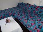 Living-bedroom of studio apartment- single beds or king size