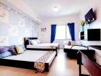 Business/Family Suite that readily accommodates family of 6.
