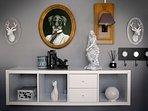 Salon coin esprit 'Cabinet de curiosités'