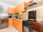 A1(7+1): kitchen