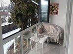 A(4+2): balcony
