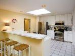 Kitchen w/brand new appliances