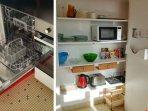 lave vaisselle et le grand placards de la cuisine