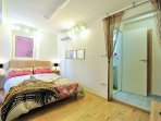 Beautiful Room with Double Bed and Air Condition