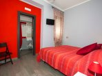 Red bedroom, Bed and Breakfast Eco.