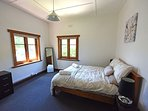 main bedroom with extra trundle bed if needed