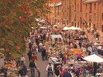Salamanca  Market on Saturday mornings to explore Tasmanian food and crafts