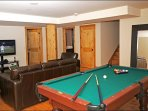 Everyone will Love the Private Pool Table