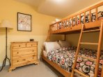 2nd Den with 1 Twin/Double Bunk