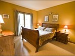 The Master En Suite Offers you One Queen Bed
