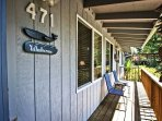 Front entry deck with patio chairs