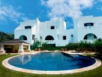 Depis Naxos Elegant villa with pool and jacuzzi+ free car rental