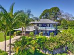 Maleny Rv, Superb living in an ideal location, Large 2 story house within walking distance to town