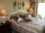 Professionally Decorated Master w/ King Bed